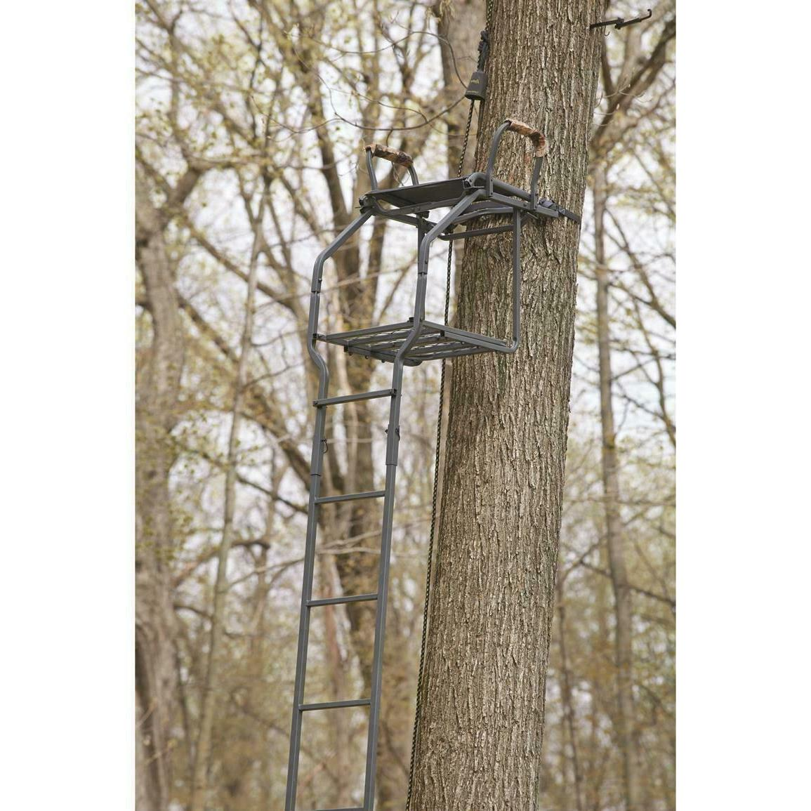 Guide 18' Ladder Tree Crossbow Shooting