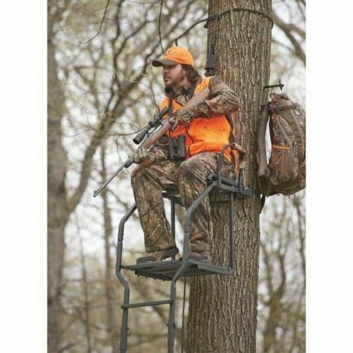 Comfortable Deer Hunting Ladder Tree Archer Bow Gear